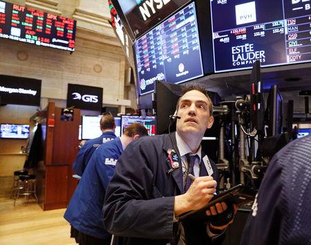 L'affolement gagne Wall Street, le Dow Jones perd plus de 6% — Bourse