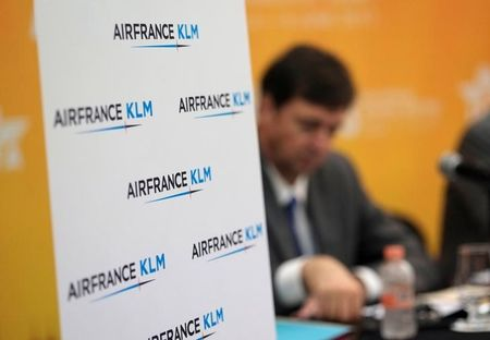 Perte nette en 2017 mais bond du bénéfice d'exploitation — Air France-KLM