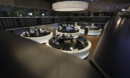 Marché: Espoirs sur le commerce international mais prudence avant la BCE