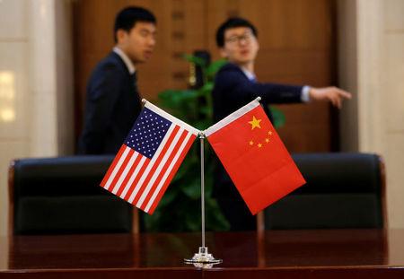 Infos Reuters: Les USA poursuivent leur offensive commerciale contre la Chine