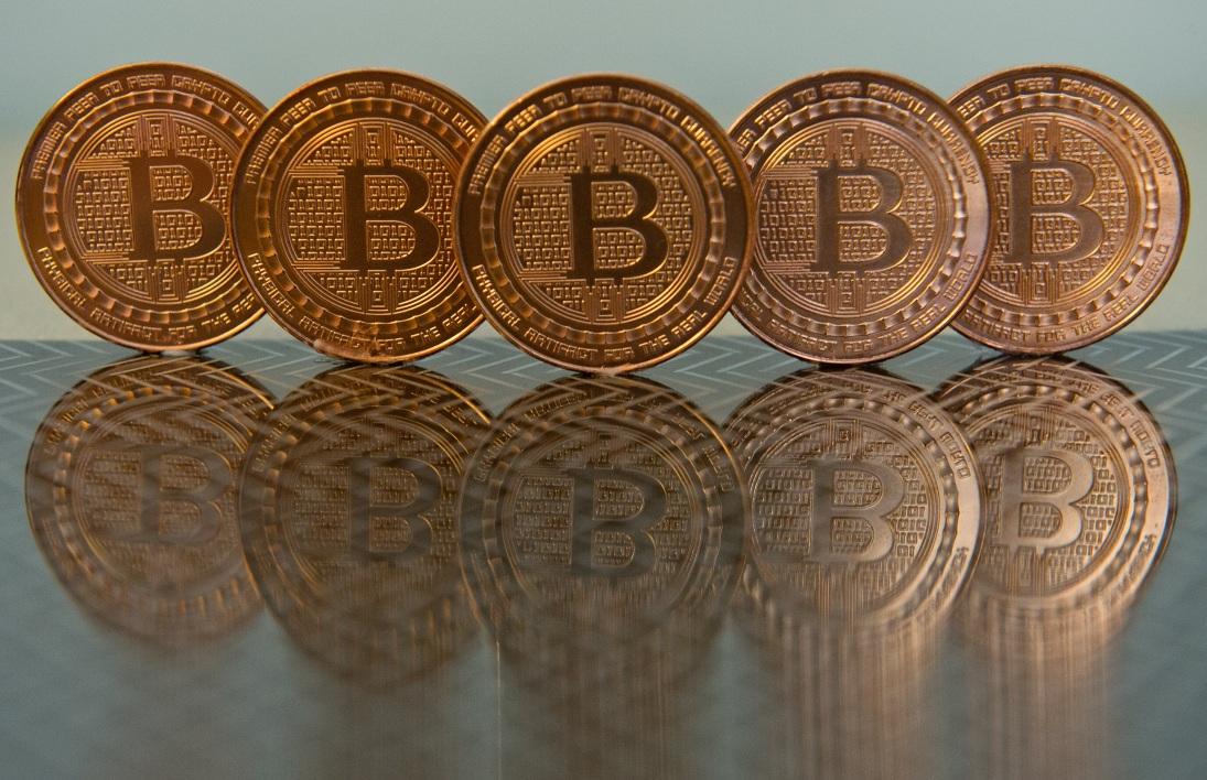 (BFM Bourse) - L'un des pionniers de la blockchain, Jo Lubin, estime que les levées de fonds en cryptomonnaies devraient bientôt repartir …