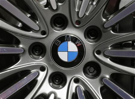 - 2012-11-06T065915Z_1_APAE8A50JEU00_RTROPTP_2_OFRBS-BMW-RESULTATS-20121106