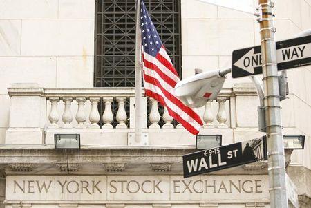 Le Dow Jones passe un seuil historique