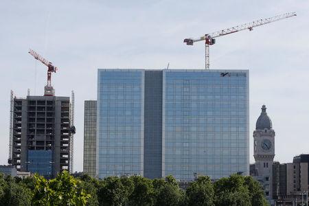 La construction de logements progresse encore à fin avril
