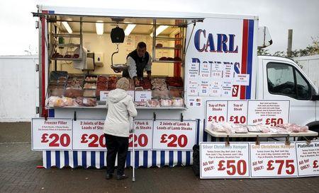 Le pouvoir d'achat des ménages britanniques commence à s'effriter