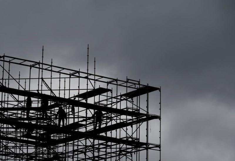 Les commandes industrielles augmentent moins que prévu en février — USA