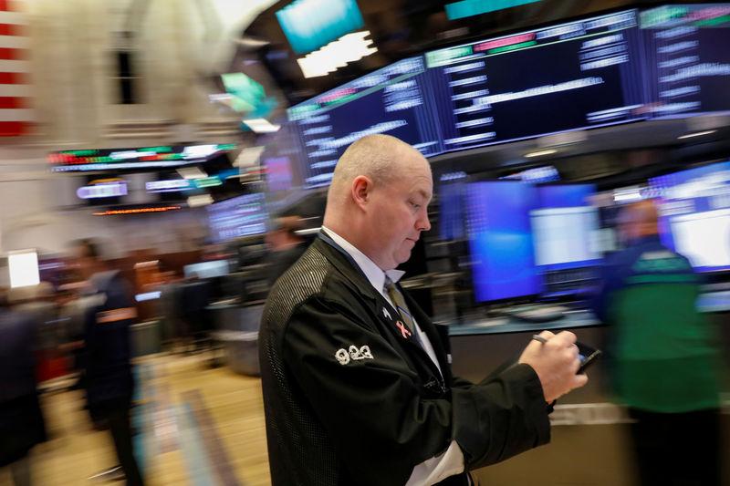 Wall Street hésitante après le PIB, les techs toujours en hausse — Marché