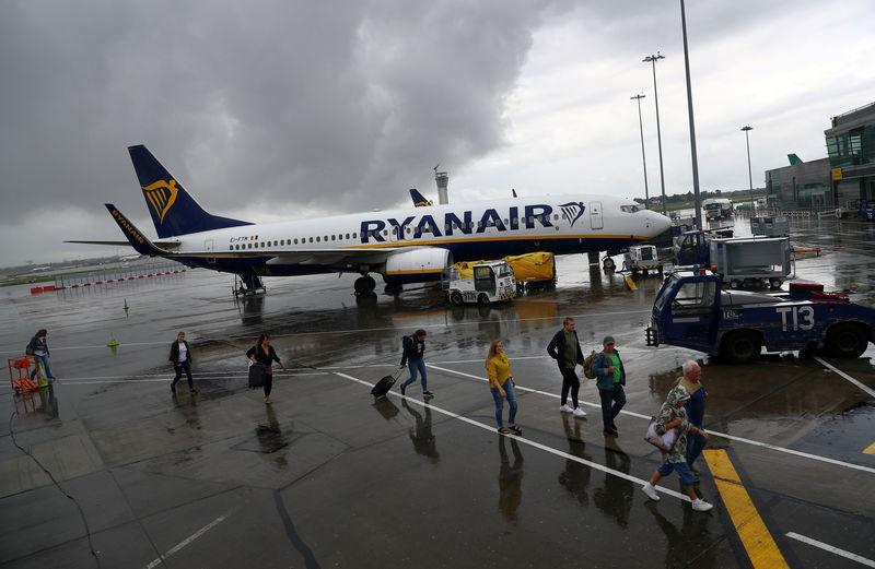 Aviation Les bagages à main de 10 kg bientôt payants chez Ryanair