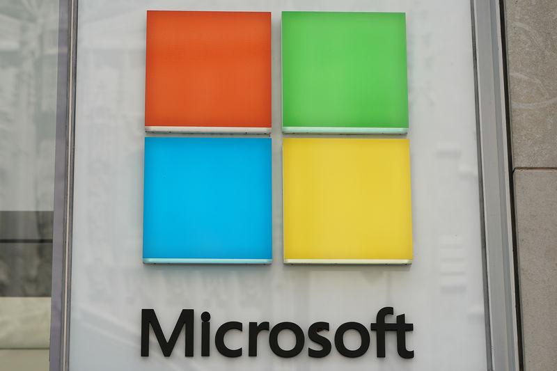 Microsoft bat les attentes mais la croissance d'Azure ralentit