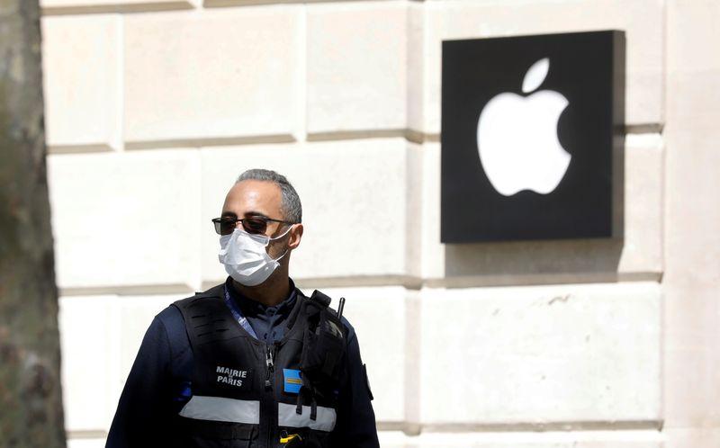 Apple va rouvrir cette semaine certaines boutiques aux Etats-Unis - Infos Reuters