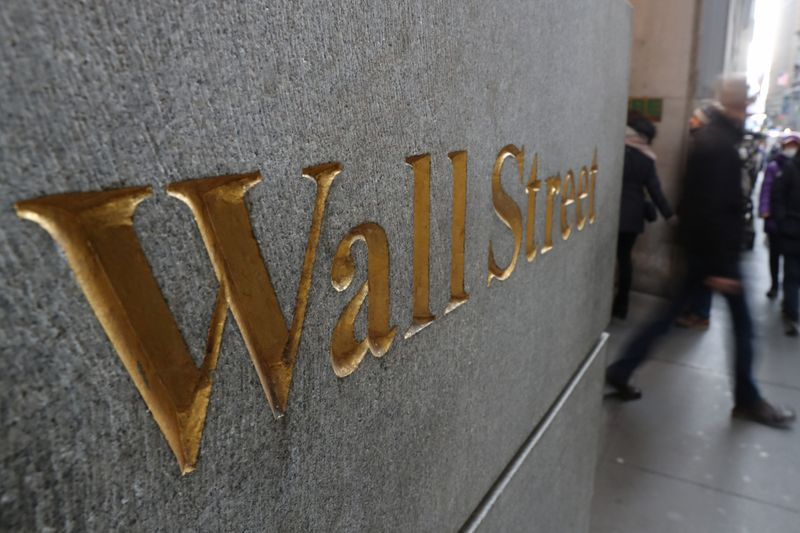 Wall Street plonge à nouveau, miné par la technologie