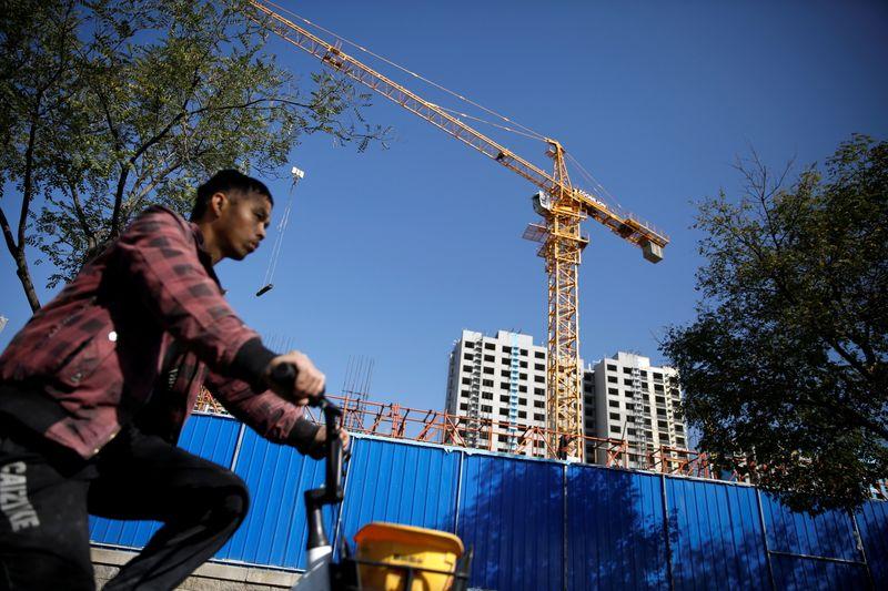 Le PIB Chinois à +4,9% au T3, inférieur aux attentes Reuters